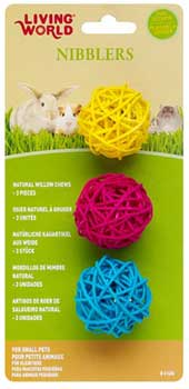 Living World® Nibblers Willow Chew Balls